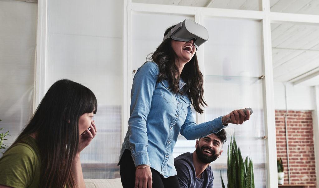 oculus go gente che si diverte molto